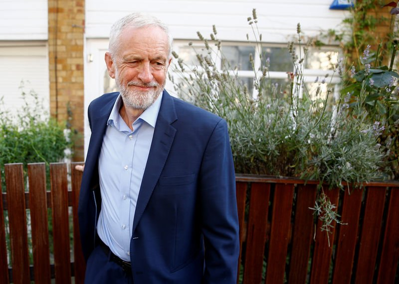 """Corbyn promises to do """"everything necessary"""" to avoid a Brexit without agreement"""