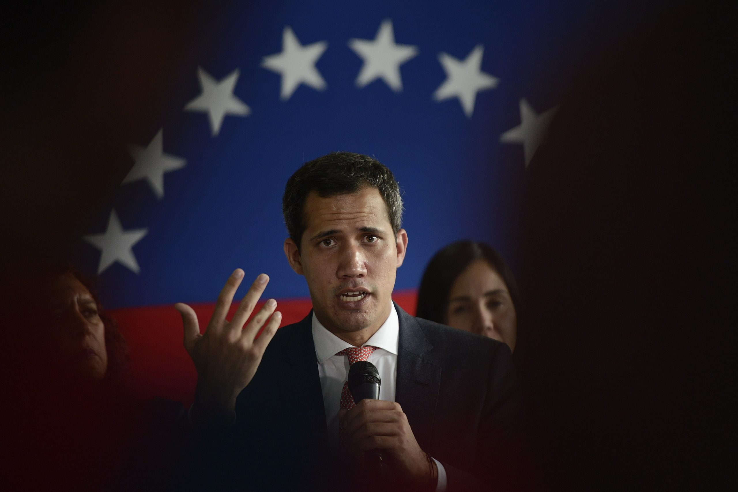 Guaidó urges G7 countries to discuss Venezuela's crisis at the summit