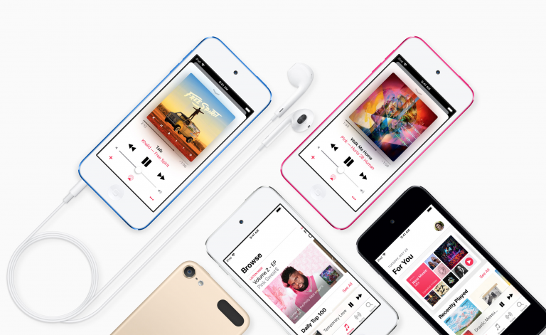 Retail moves suggest new iPods are coming