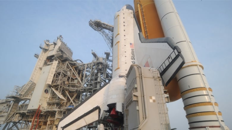 Space shuttle replacement won't fly until 2014