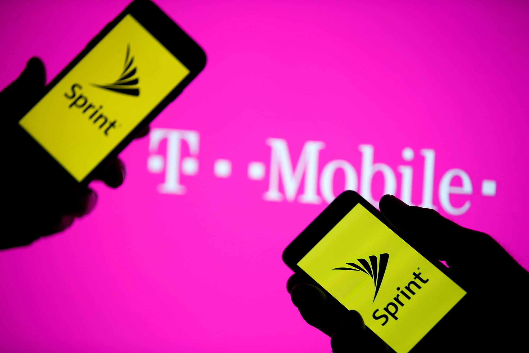 Sprint to acquire iPCS to end lawsuit