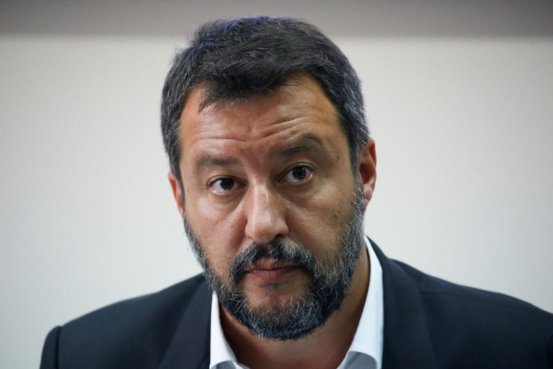 """The M5S states that Salvini is no longer a """"credible"""" partner"""