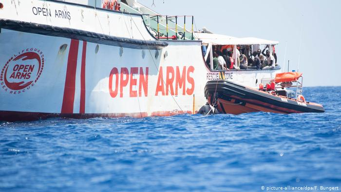 The 'Open Arms' leaves Lampedusa to go to a port of Sicily