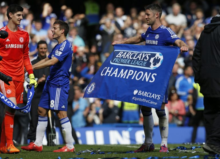Victory sparks Chelsea title party