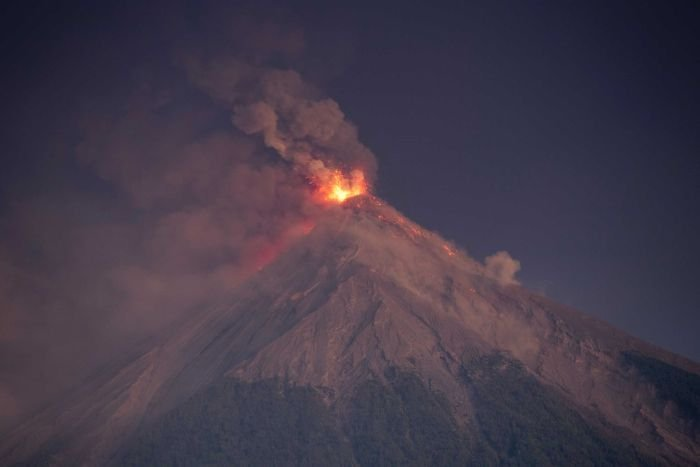 25 dead, thousands flee as Guatemala's 'Volcano of Fire' erupts