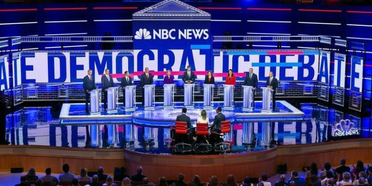 Democrats Try to Minimize Stadiums Political Risks