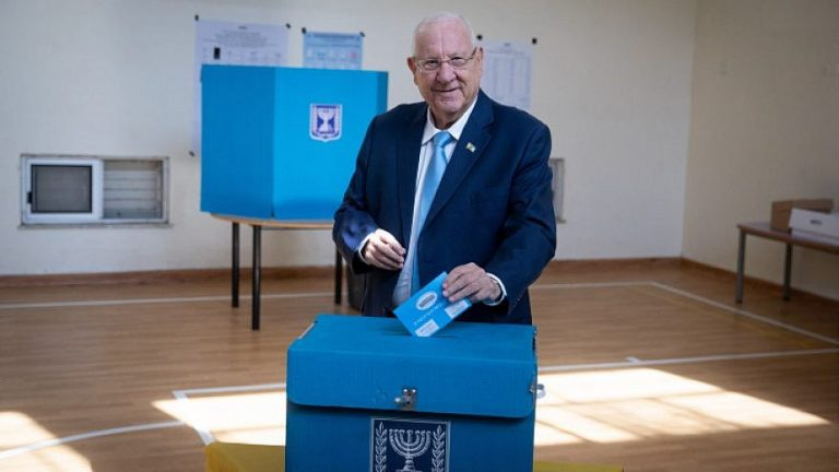 Electoral colleges open in Israel for the second elections held this year