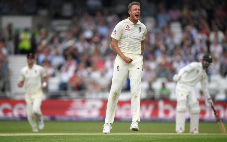 England v Pakistan: Sam Curran takes first Test wicket as tourists all out for 174