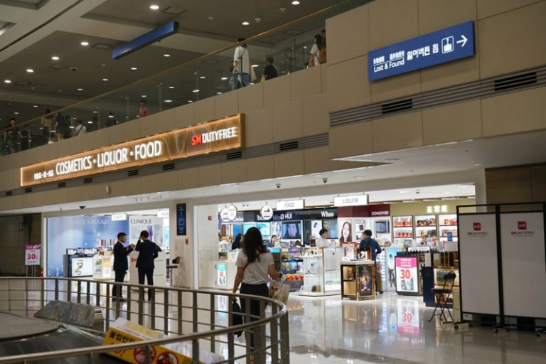 Govt role in airport retail plan questioned