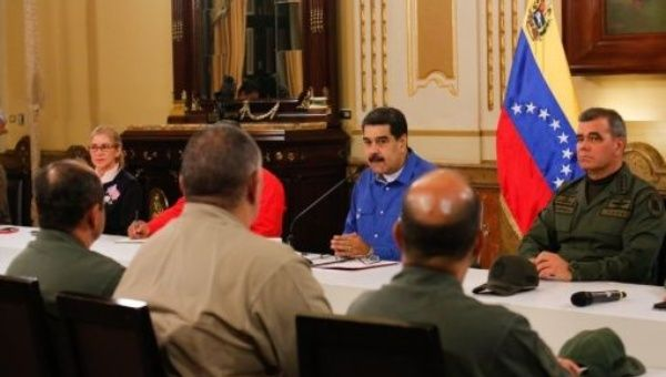 "Guaid ó reveals that he offered to Maduro a transitional government and says the proposal is ""on the table"""