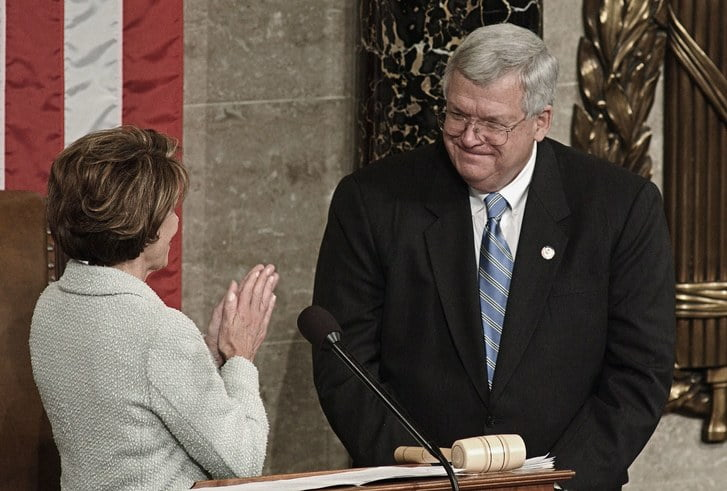 Hastert Rejects Calls To Give Up Leadership