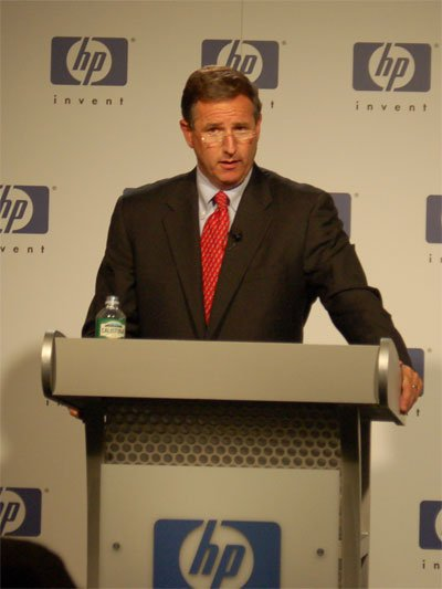 HP leak probe extended to employees