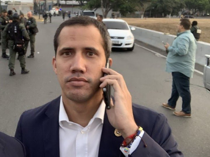 Maduro's government says Los Rastrojos intended to blackmail Guaido if he arrived in Miraflores