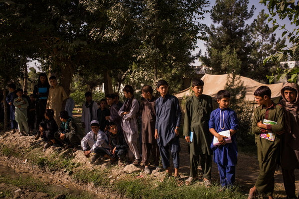 More Afghan Children Are Out of School, Reversing a Trend