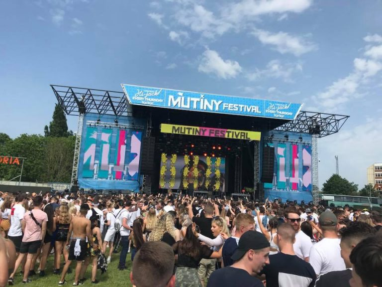 Rest of Mutiny Festival cancelled after two die