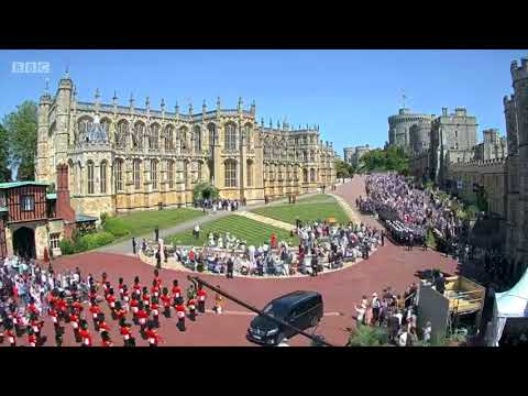 Royal Wedding 2018: Time-lapse footage shows Windsor crowds