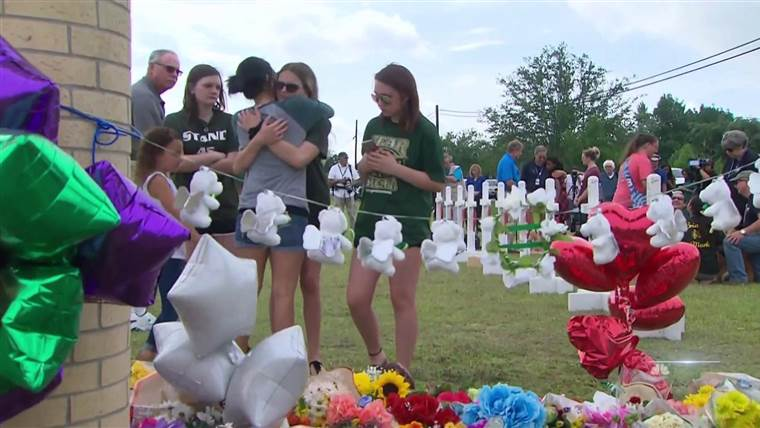 Some Santa Fe shooting victims may have been caught in crossfire