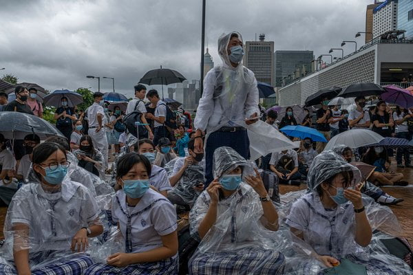 Student strike begins in Hong Kong in support of protests