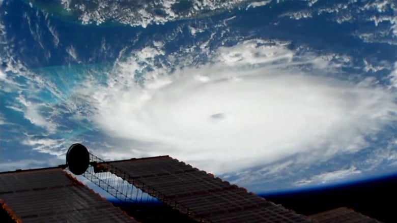 The authorities of the Bahamas ask the population to seek refuge from the arrival of the 'Dorian' hurricane