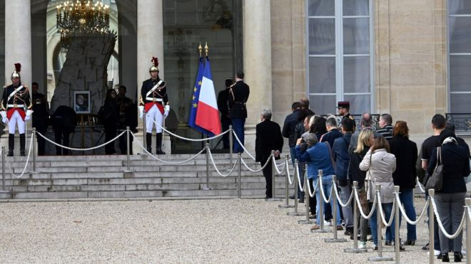 The former French president Chirac will be honored on Sunday at the Palace of the Invalids