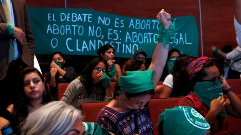 Thousands of women take to the streets in Mexico to ask for the decriminalization of abortion