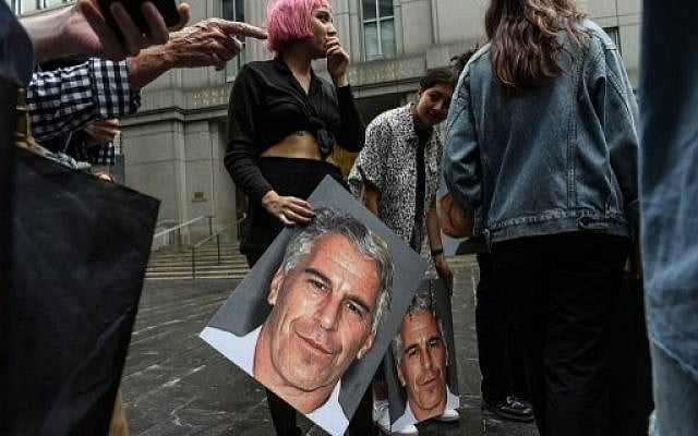 Three alleged victims of Epstein testify before the French Prosecutor