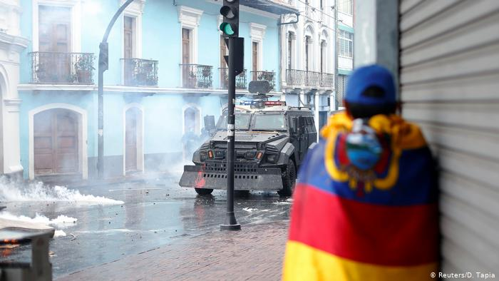 An Ecuadorian judge sends a deputy and a prefect linked to the protests to prison