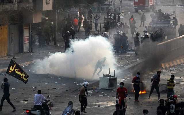 Eleven killed in clashes with police in protests against the government in Iraq