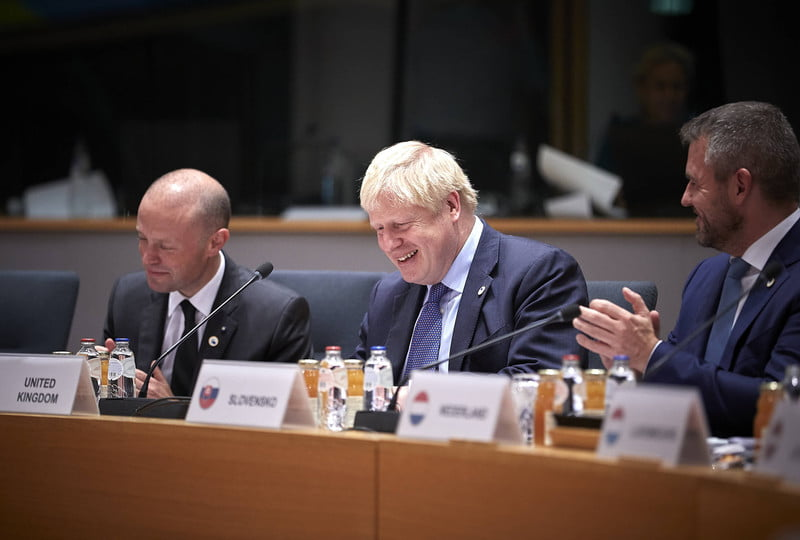EU leaders at 27 endorse the agreement and point Westminster as responsible for being on time