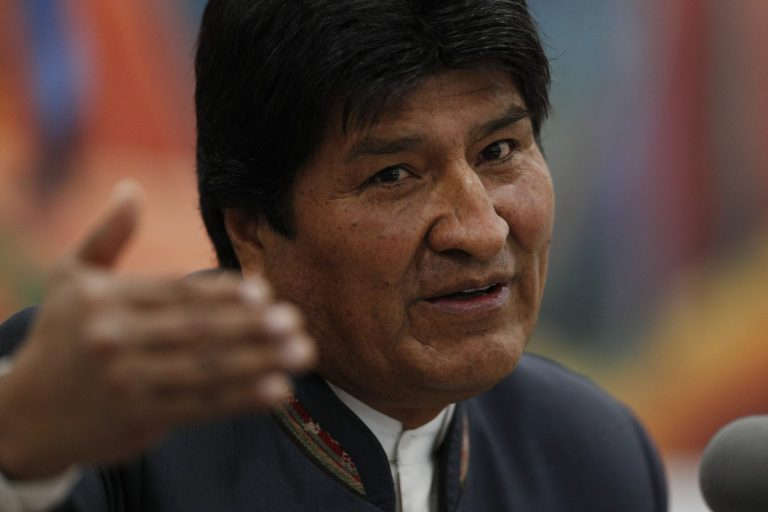 """Evo Morales proclaims his victory: """"We won in the first round"""""""
