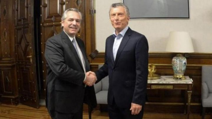 Fernández and Macri begin the transition in Argentina with a first one-hour meeting