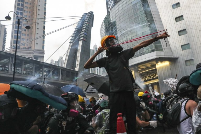 Hong Kong strengthens security before Sunday's anti-government march
