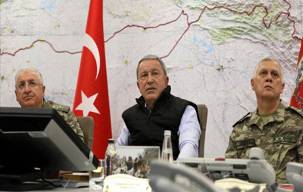 Kurdish forces say they have prevented the advance of the Turkish offensive in northern Syria