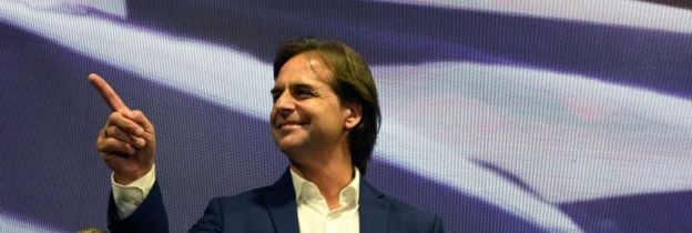 Martínez and Lacalle Pou begin the maneuvers to win supporters for the second round