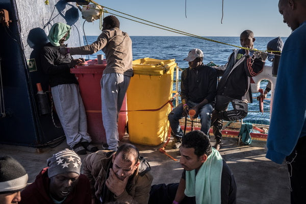 More than nine out of ten African migrants arriving in Europe would return to travel
