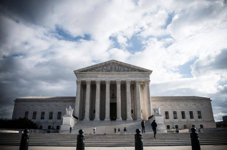 Supreme Court allows sports betting across the country