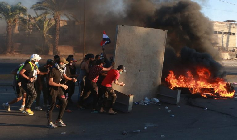 The governor of Baghdad presents his resignation after the latest riots