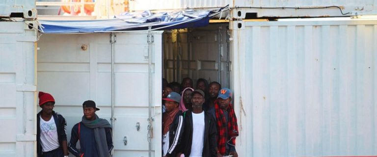 The Italian Coast Guard moves 180 rescued migrants to Lampedusa