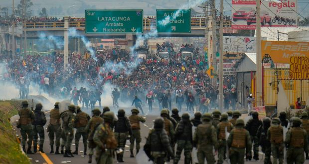 The natives arrive in Quito on the eve of a great protest while the Government is armored in Guayaquil