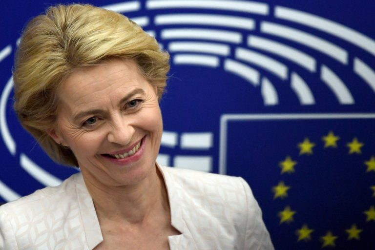 """Von der Leyen asks to resolve """"as soon as possible"""" the relief of the three commissioners vetoed by the EP"""