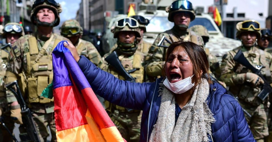 Bolivian police detain a hundred protesters in El Alto and assure they had explosives