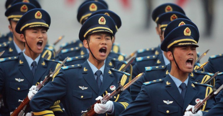 """China asks the US to """"stop boasting"""" in the South China Sea"""