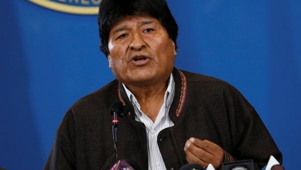 """Evo Morales convenes a dialogue table with the opposition to """"pacify Bolivia"""""""