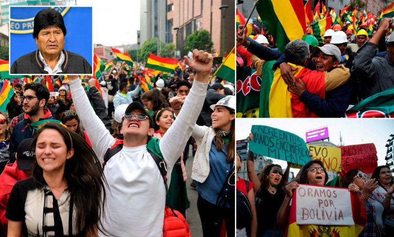 Protest leaders in Bolivia deliver Morales's resignation request at the Government Palace
