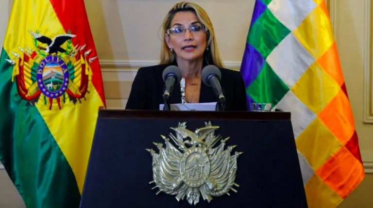 The Government of Áñez expels diplomatic personnel from Venezuela in a radical turn of foreign policy