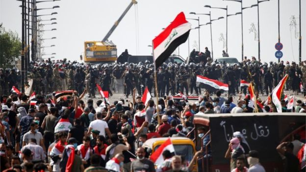 Two dead and about 40 wounded in a new day of protest in Baghdad