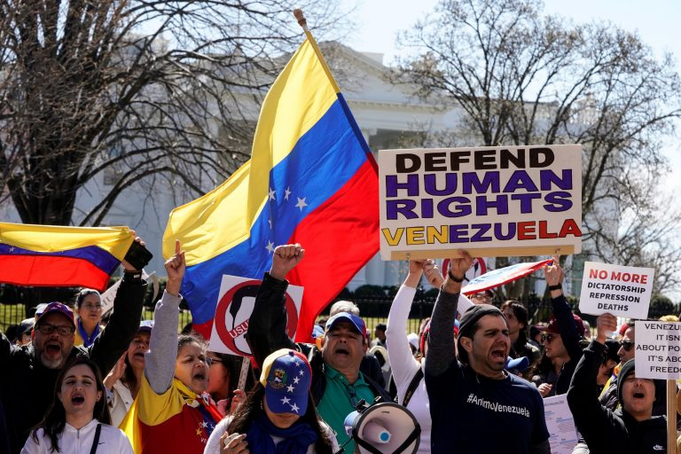 "The US supports the governments of Latin America to prevent Cuba and Venezuela from ""kidnapping"" the protests"