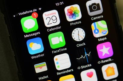 Apple increasing iPhone 3G production