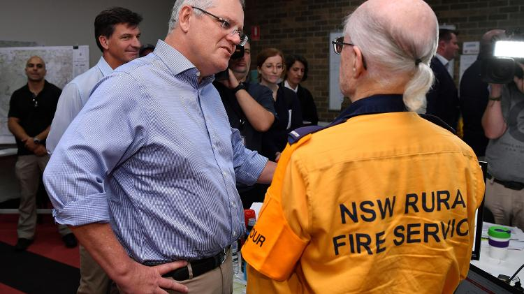 Australian Prime Minister acknowledges mistakes in fire management