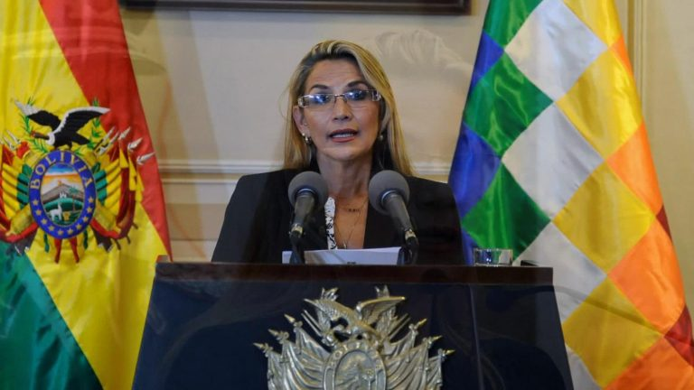 "Bolivia announces the sending of a representative to Spain to ""overcome the impasse"" of the diplomatic crisis"